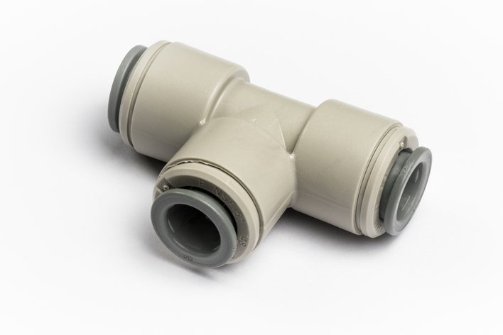 "John Guest Equal Tee 3/8"" for Glacier water filters in Northern Ireland."
