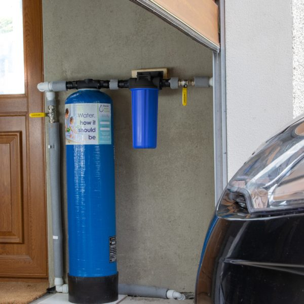 Glacier GW5 8x37 inline undersink whole house water filter installed in garage filter all the water in the home.