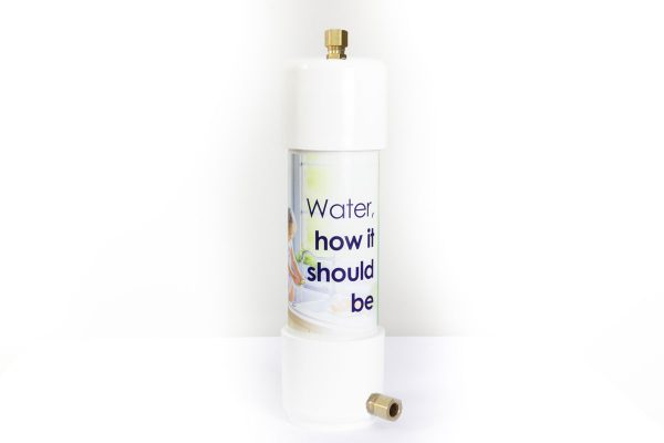 Glacier Water Systems Compact undersink water filter replacement with brass fittings ensuring the cold water is still fresh and clean for drinking and using for tea and coffee.