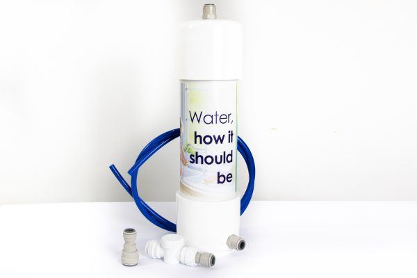 GW1 inline water filter with existing cold water tap installation kit for removing chlorine, chemicals and heavy metals.